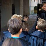 Verkleidete Kinder auf Burg Forchtenstein