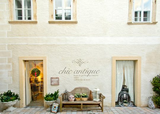 Chic Antique Frontansicht