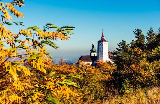 Burg Forchtenstein im Herbst